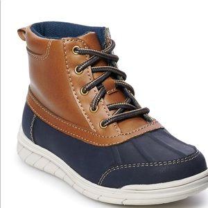 Boys duck boots
